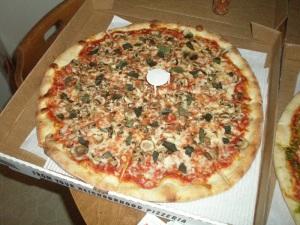 Mushroom, Garlic, Basil Pizza