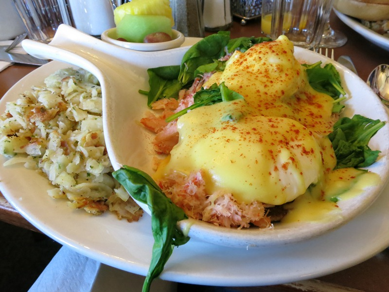 Eggs Louis. Like an Eggs Benedict except with crab instead of ham. yummmm.