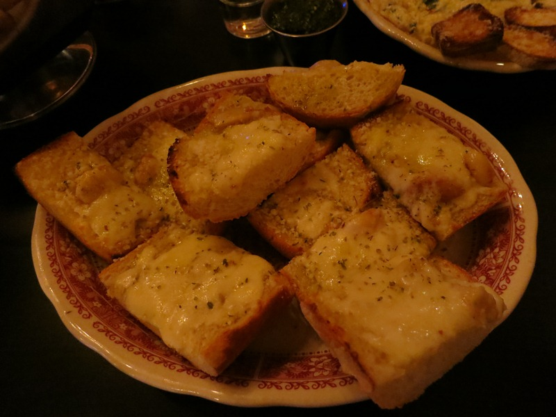 Garlic bread with mozzarella... $5.95!!!