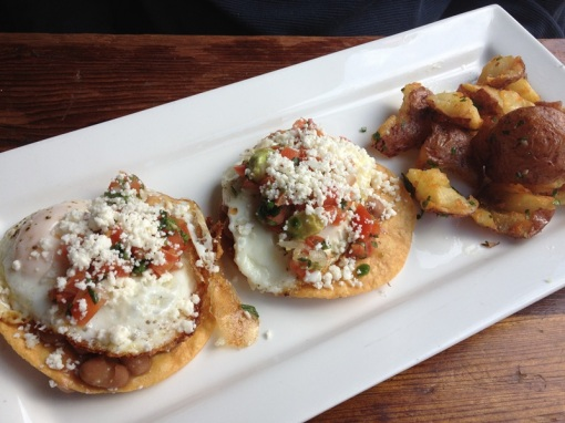 More brunch -- Huevos Rancheros!