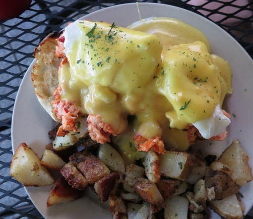 Lobster Benedict -- booya.